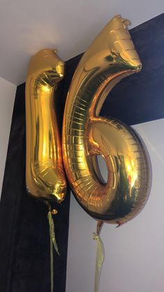 Cute Birthday Pictures, Birthday Photos, Applis Photo, Fake Photo, Creative Instagram Stories, Instagram Story Ideas, Sweet 16 Birthday, 16th Birthday, Ropa Brandy Melville