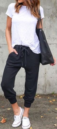 Awesome 33 Fashionable Outfits with Athleisure Looks from https://www.fashionetter.com/2017/06/17/33-fashionable-outfits-athleisure-looks/