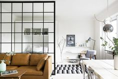 Stylish room dividers, trends in the design of small apartments and houses - Apartment Decor Ideas Appartement Design Studio, Studio Apartment Design, Studio Apartment Decorating, Apartment Interior, Apartment Living, Apartment Ideas, Stockholm Apartment, Studio Design, Bedroom Apartment