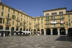 Check out the best tours and activities to experience Palma Plaza Mayor. Don't miss out on great deals for things to do on your trip to Mallorca! Reserve your spot today and pay when you're ready for thousands of tours on Viator. King James I, Balearic Islands, Aragon, Ibiza, Things To Do, Spain, Tours, Adventure, Mansions