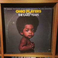 Friday Groove... Ohio Players The Best Of The Early Years.. on Westbound of course..... quite a bit of funk.... check out Players Balling.... singing in the morning.... singing at night...#vinyljunkie #nowspinning #vinyloftheday #vinylcollection #album #albumcover #DJ #recordcollection #vinyl #music #record #turntable #recordcollection #vinylcommunity #soulmixing #33rpm #vinylclub #recordplayer #instavinyl #vinylporn #onmyturntable #vinyladdict #brown  #recordstoreday #vinylcollectionpost…