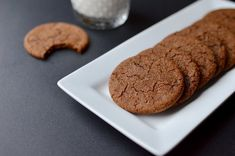yes, the intoxicating sweet and spicy aroma of these cookies will pull you in, but the flavor and chew factor will keep you coming back for more! Chewy Chocolate Cookies, Molasses Cookies, Italian Almond Cookies, Vanilla Bean Frosting, Marinated Tomatoes, Pork Roast Recipes, Homemade Tomato Sauce, No Bake Cookies, Cake Cookies