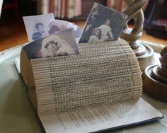 New House: Simple Photo Holder from Old Books