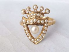 Fine 18k gold seed Pearl & real Pearl Victorian shield ring