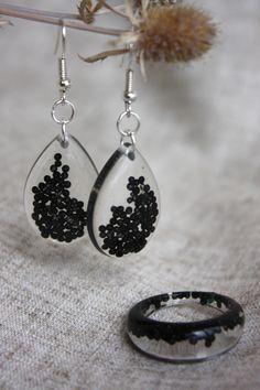 Ring and drop earrings. Dangle earrings. Black set decoration by Dingaya on Etsy