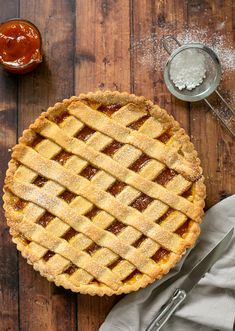 Make crostata like an italian nonna! This super easy Italian jam tart recipe features dairy-free olive oil pasta frolla and your favourite jam - perfect for breakfast or snack time! #italian #dessert #tart #jam #dairyfree Peach Jelly, Peach Jam, Pasta Frolla Recipe, All You Need Is, Jam Tarts, Pastry Shells, Hazelnut Spread, Sweet Pastries