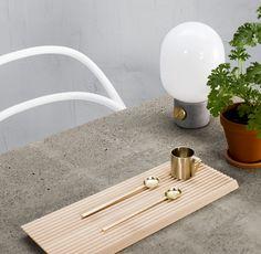 Vala itse kuivabetonista pöytälevy, joka sopii niin sisälle kuin pihalle.