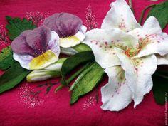 """Купить Сумка """"Букет с лилиями и фиалками"""" - лилия, лето, букет, сумка валяная, сумка с цветами"""