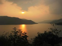 Lavasa is planned hill station and city situated on the Western Ghats. Find out the complete Lavasa Tourism and Travel Guide here and plan your trip to Lavasa. For more info about lavasa visit: http://maharashtraplanet.com/hill-stations-in-maharashtra/lavasa/