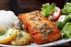 Receita de Salmão com batatas ao forno em receitas de peixes, veja essa e outras receitas aqui!