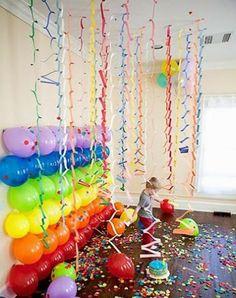 Si cualquier fiesta que se celebra en la escuela infantil es motivadora para los niños, la fiesta del carnaval es todavía más, pues los niñ...