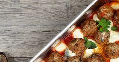 Gratin boulettes tomates mozzarella    Ah avec les  boulettes  c'est toujours la fête ! Décontractée, gaie, pour le petits mais aussi les ...