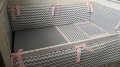 Kit berço Chevron cinza rosa 3 pç | Silvia Lopez | Elo7