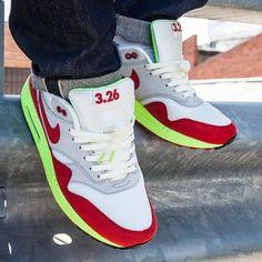 NIKE AIR MAX 1 PREMIUM SAIL/UNIVERSITY RED-NATURAL GREY #sneaker