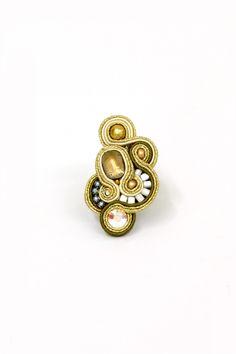 rings : New York http://www.doricsengeri.com/