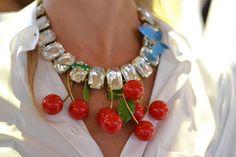 fruit necklace... quanto mi piaceeeee!!!!!!