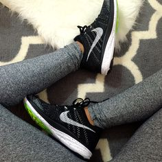 Nike Flyknit lunar 3 at insane prices! Only 80 dollars! Obssesed