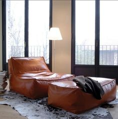 updated bean-bag like chairs and poufs from Suite - Lounge Seating - Ideas of Lounge Seating Modern Bean Bag Chairs, Modern Bean Bags, Chair Design, Furniture Design, Loft Furniture, Leather Furniture, Plywood Furniture, Sofas Vintage, Furniture Vintage
