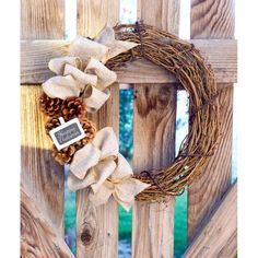 Don't let your front door be bare this Fall season! Jazz it up with any one of these EASY DIY Fall Wreath ideas! BEST Fall wreaths for front doors. Find the most amazing Fall wreath DIYs to make your front door look festive! Burlap Projects, Burlap Crafts, Wreath Crafts, Diy Crafts, Craft Projects, Fall Projects, Creative Crafts, Elegant Fall Wreaths, Autumn Wreaths