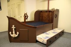 Now here's a GABE bed!  So Cool!