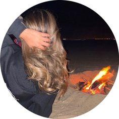 Blonde Hair Honey Caramel, Honey Hair, Ideas For Instagram Photos, Profile Pictures Instagram, Baby Girl Drawing, Avatar, Gold Makeup Looks, Medium Blonde Hair, Teen Girl Photography