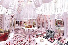 Louis Vuitton en Selfridges por Yayoi Kusama