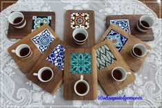 Diy Wood Projects, Wood Crafts, Diy And Crafts, Wooden Food, Wooden Diy, Ceramic Painting, Painting On Wood, Azulejos Diy, Coffee Shop Interior Design