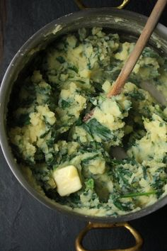 Spinach Mashed Potatoes by feedmephoebe #Potatoes #Spinach