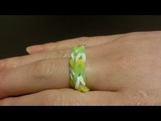 Fun Loom How to make a ring easy - http://www.knittingstory.eu/fun-loom-how-to-make-a-ring-easy/