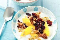 Kijk wat een lekker recept ik heb gevonden op Allerhande! Yoghurt en fruit