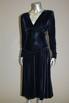 Paquin couture navy velvet dinner gown, circa 1940