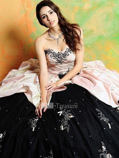 wedding, bridal, gown, dress, satin, tulle, sweetheart, ruffle, beading, embroidery, ball gown, floor length, prom,
