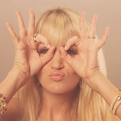 Carrie Underwood being silly!