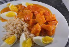 Dit is een geweldige pompoen curry, en ook nog eens een suikerdip-vrije variant. Een verwarmend winters recept, vegetarisch en kruidig.