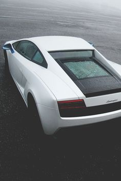 This Gallardo is absolutely stunning! Bugatti, Maserati, Ferrari, Lamborghini Gallardo, Powerboat Racing, Car Purchase, Most Expensive Car, Latest Cars, Car Engine