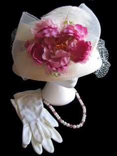 English Tea Party Hat Set Garden Party High tea New Lady's Hat Vintage Gloves and Vintage necklace Pink Tea Party Hat Wedding Hat
