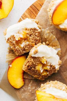 These delicious cinnamon spiced cupcakes are stuffed with fresh peaches and topped with cream cheese frosting with an oat crumble. These peach cupcakes are the ultimate summer dessert and are so fun to make! #cupcakes #peaches #peachcupcakes #butternutbakery | butternutbakeryblog.com Cupcake Recipes, Cupcake Cakes, Dessert Recipes, Delicious Desserts, Yummy Food, Cinnamon Cake, Vegan Cream Cheese, Le Diner, Pudding