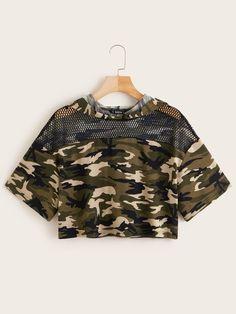 Shop Camo Print Fishnet Yoke Trim Crop Hoodie at ROMWE, discover more fashion styles online. Cute Lazy Outfits, Camo Outfits, Crop Top Outfits, Edgy Outfits, Swag Outfits, Mode Outfits, Pretty Outfits, Girls Fashion Clothes, Teen Fashion Outfits