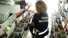 Polizia Municipale di Rimini controlli contro labusivismo commerciale