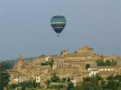 Awesome balloon tour in Tuscany check it out on www.travel-rural.com