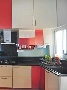 Shaker Style Kitchen Cabinets, Kitchen Fan, Shaker Style Kitchens, Kitchen Cabinet Styles, Mini Kitchen, Kitchen Sets, Country Kitchen, Small Kitchens, Home Decor Furniture