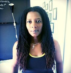 Ese, Sisterlocks Consultant @ Natural Strands of Beauty :  http://www.naturalstrandsofbeauty.co.uk/Instagram: @naturalstrandsofbeauty        Helen of Huntress Locs https://www.facebook.com/HuntressLoc