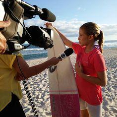 Surfista Pâmella Mel em entrevista ao Sportv. Resultado de mídia da Bendita Imagem.