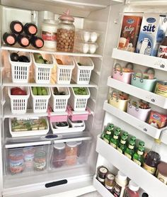 Home Interior Boho DIY Kitchen Organization Ideas Interior Boho DIY Kitchen Organization Ideas Organisation Hacks, Kitchen Drawer Organization, Kitchen Drawers, Diy Organization, Diy Drawers, Kitchen Cabinets, Container Organization, Storage Drawers, Storage Containers
