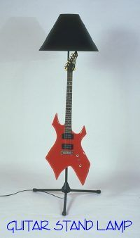 THE GUITAR STAND LAMP