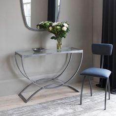 The Fitzroy console has classical lines but with an Art Deco influence in the detailing. Hallway Furniture, Living Room Furniture, Modern Furniture, Hallway Decorating, Interior Decorating, Diy Interior, Hallway Designs, Modern Console Tables, Antique Glass