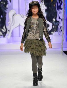 Miss Grant L:ù L:ù FW 14/15 Collection Runway Show | Dashin Fashion