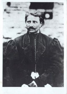 Sándor Rózsa a famous Hungarian outlaw, enjoyed a similar brand of fame/infamy as Dick Turpin. He robbed coaches and trains and finally died in prison. Old Photos, Vintage Photos, Hungary History, Johnny Ringo, Gypsy Wagon, Celebrity Gallery, Rare Pictures, Budapest, Prison