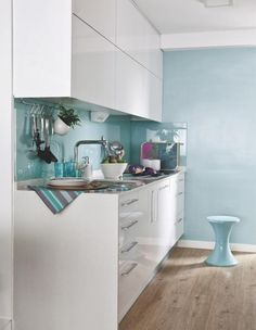 Espaces maximisés à Madrid >>> La cuisine céladon ♥