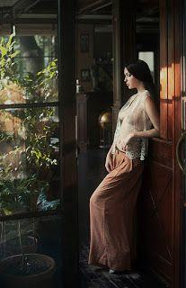 nice shoot right #art #nude #women #face #lady #flower #woman #kaskus